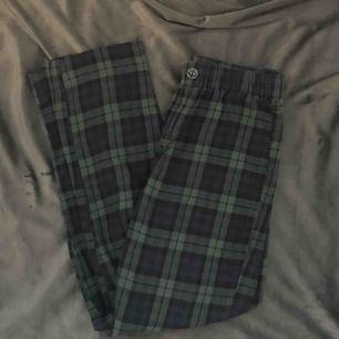 Skönaste, snyggaste byxorna från Brandy Melville. Asballt mönster men används för sällan av mig tyvärr. Tilden modell