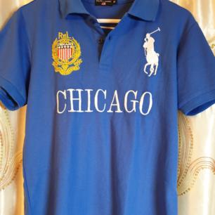 Äkta Ralph Lauren polo shirt Bra skick Frakt tillkommer