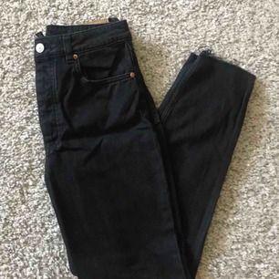 Mor / kærester jeans fra H & M. Størrelse 36 Maks. Brug 5gr