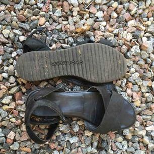 Superfina/sköna sandaler från vagabond storlek 37