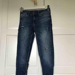 jeans från zara, knappt använda