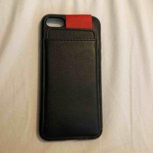 iPhone skal 6/7/8 super fin för att ha korten utan att de ska synas
