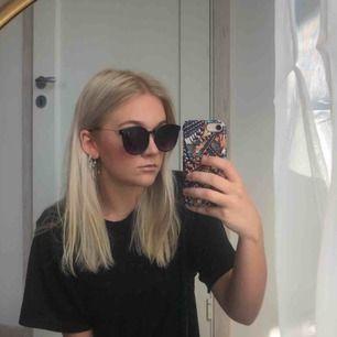 Oanvända solglasögon i perfekt skick, frakt: 7kr