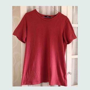 Snygg oversized tröja från bik bok, använd fåtal gånger.