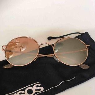 Superfina solglasögon från Asos, säljer för att de tyvärr inte kommer till användning! Bra skick! Frakt gratis!