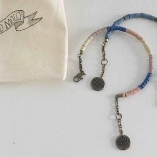 Två stycken armband från Odd Molly, med tillhörande tygpåse. Hämta i Majorna eller jag kan skicka
