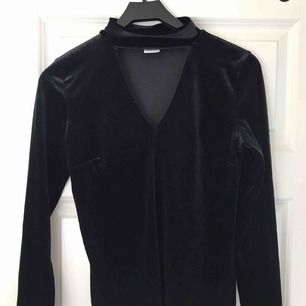 Snygg tröja från Gina Tricot i sammetsmaterial