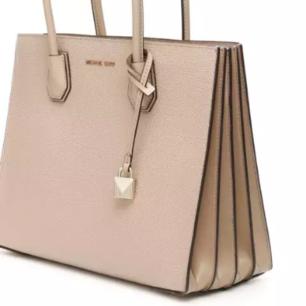 Michael Michael Kors - Large Mercer Tote Bag