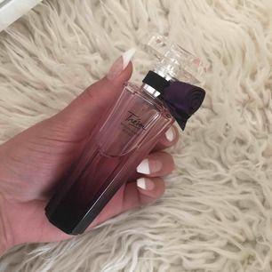 Lancome Trésor Midnight Rose parfym, knappt använt säljer pga att det inte passar mig.