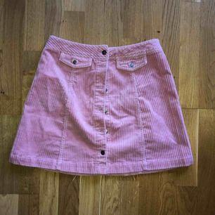 Manchester kjol från H&M! Frakt ingår ej