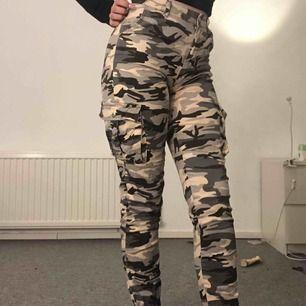 Cargo pants från madlady. Knappt använda, storlek s.