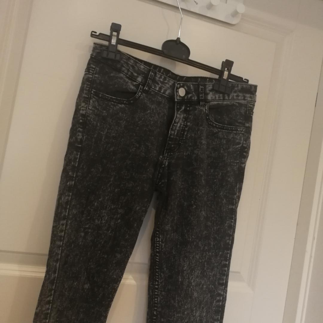 H&M byxor. Jeans & Byxor.