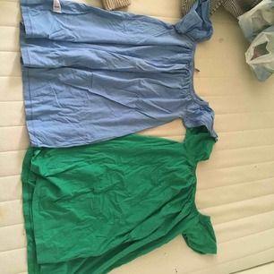Två sommarklänningar från ASOS! Heelt perfekta till stranden eller stan på sommaren. Säljer båda för 100kr +frakt eller en för 70kr+ frakt, mer bilder kan skickas 🍷