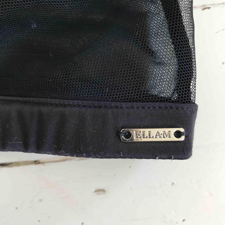 Bralette i mesh med blombrodyr, Ella-M, frakt tillkommer (9kr) . Övrigt.