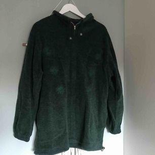 Fin mörkgrön tröja/hoddie