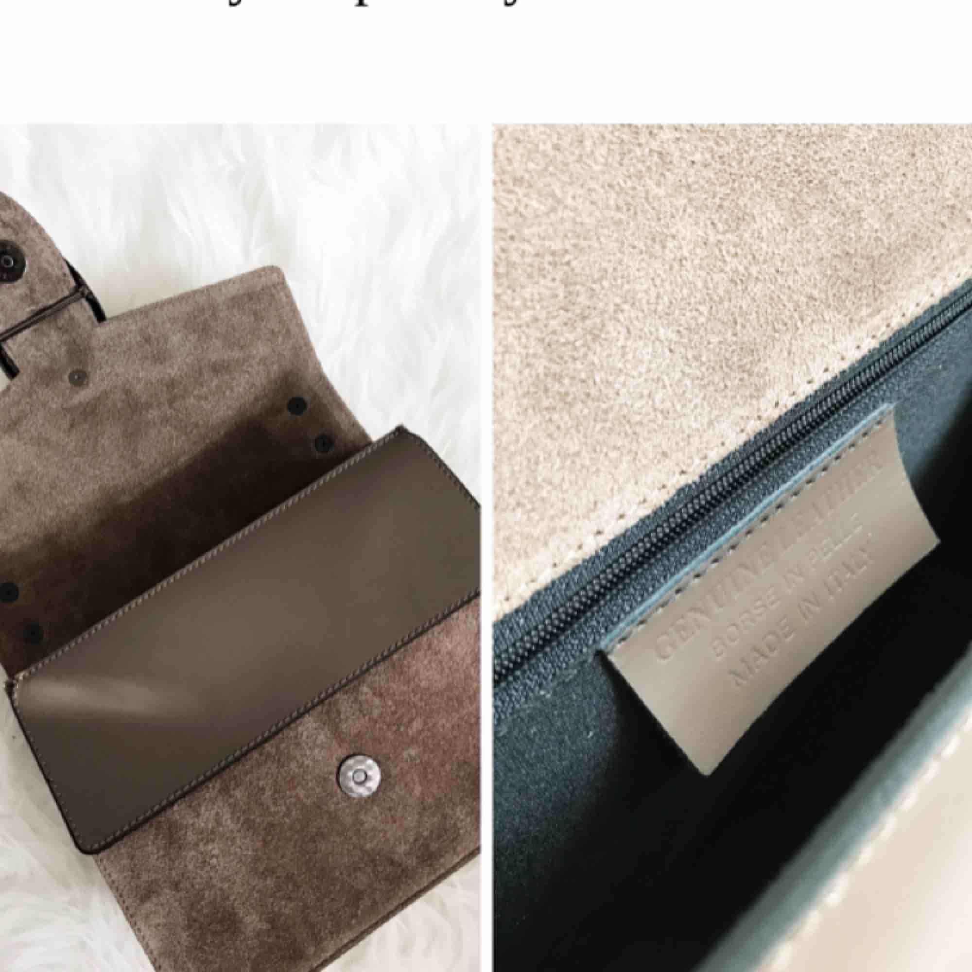 NY! Säljer min super snygga Gucci dupe från Fashion Drug pga kommer inte till användning! Fantastiskt kvalité gjord av äkta ITALIENSK läder/suede! Passar fint till allt och kan bäras på olika sätt: som clutch, axelväska och topphandväska! Frakt ingår!. Accessoarer.