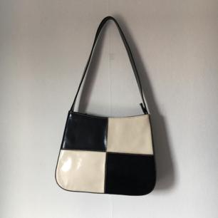 checkered 90s väska <3