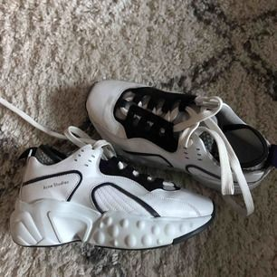 Acne Sneakers, size 38 but fits perfectly someone who's 39. Used two times