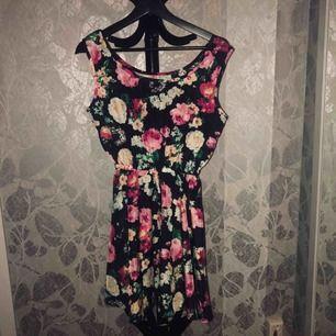 Jättefin somrig klänning från zara 💕