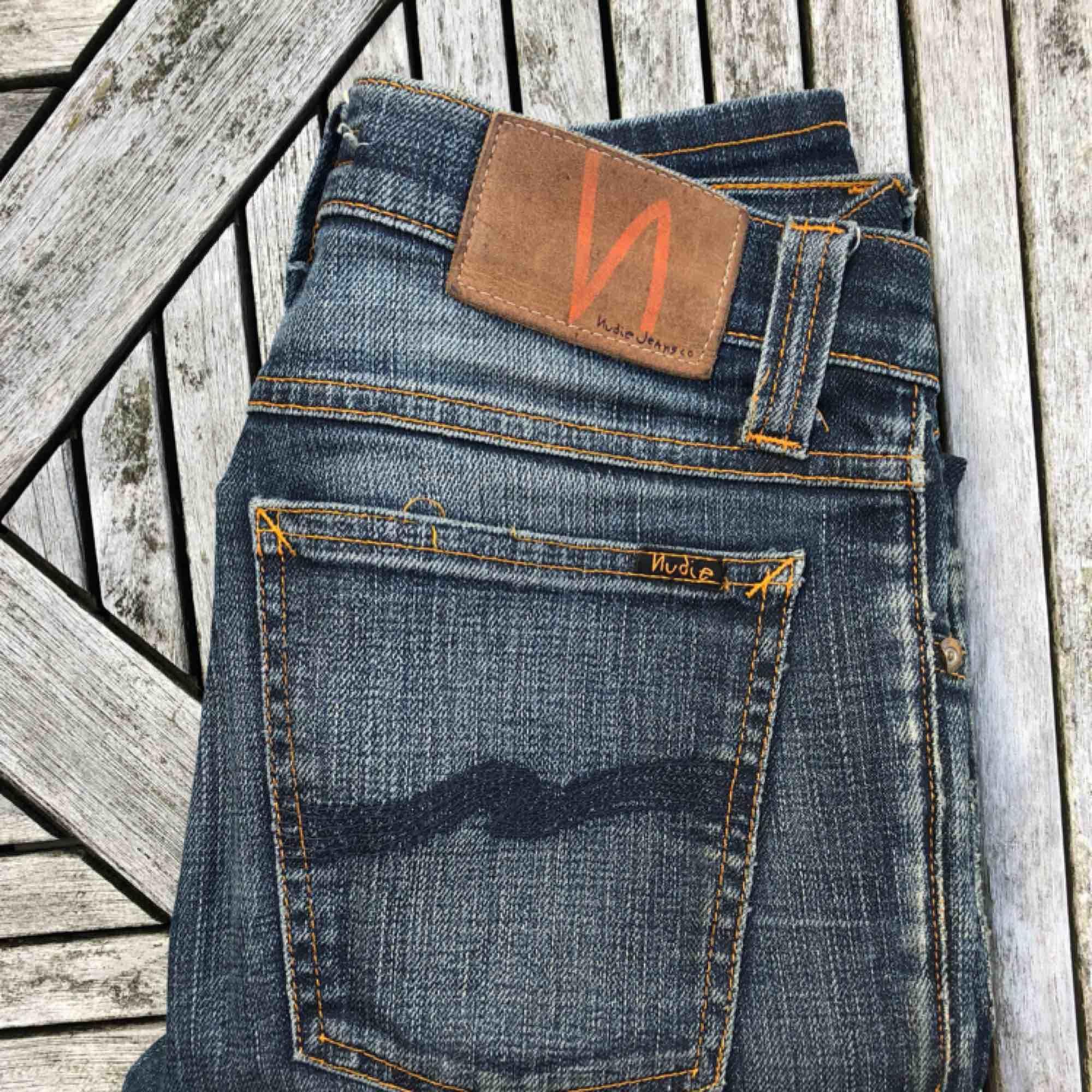 Jättefina Nudiejeans som passar XS eller S. Skulle säga ca 26/30 i längd. Superbra kvalitet!. Jeans & Byxor.