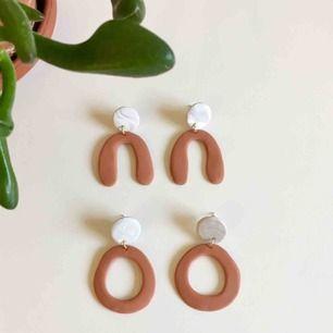 Handgjorda örhängen 🐪 9 kr frakt.