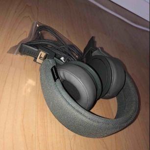 Bluetooth hörlurar, frakt ingår inte