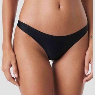 Bikini underdel från nakd oanvänd med prislapp kvar