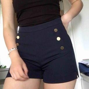 Shorts från Gina Tricot. Gratis frakt💫