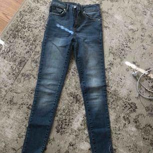 Jeans bikbok