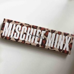 Mischeif Minx palett från Mac. Inte använd mycket. Nypris 500kr. Pris: 290kr + 50kr frakt💗💗💗
