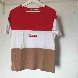 NA-KD T-shirt  Köparen står för frakten 💕