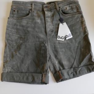 Helt nya shorts ifrån Dolce & Gabbana.