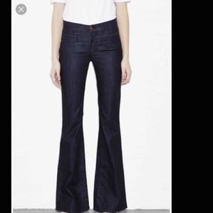 Jeans från mih i modellen Marrakesh jeans. Mycket bekväma och i utmärkt passform. Utmärkt skick.