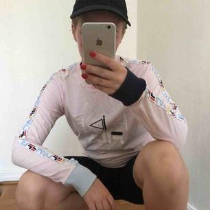 Mysig tröja från Fila, nypris 349:-