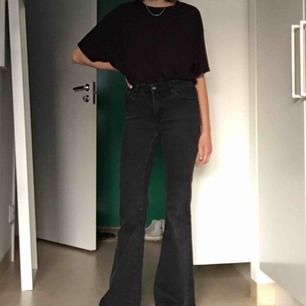 Utsvängda jeans från crocker