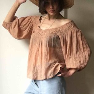 Mes Demoiselles topp off shoulders i rost orange brun