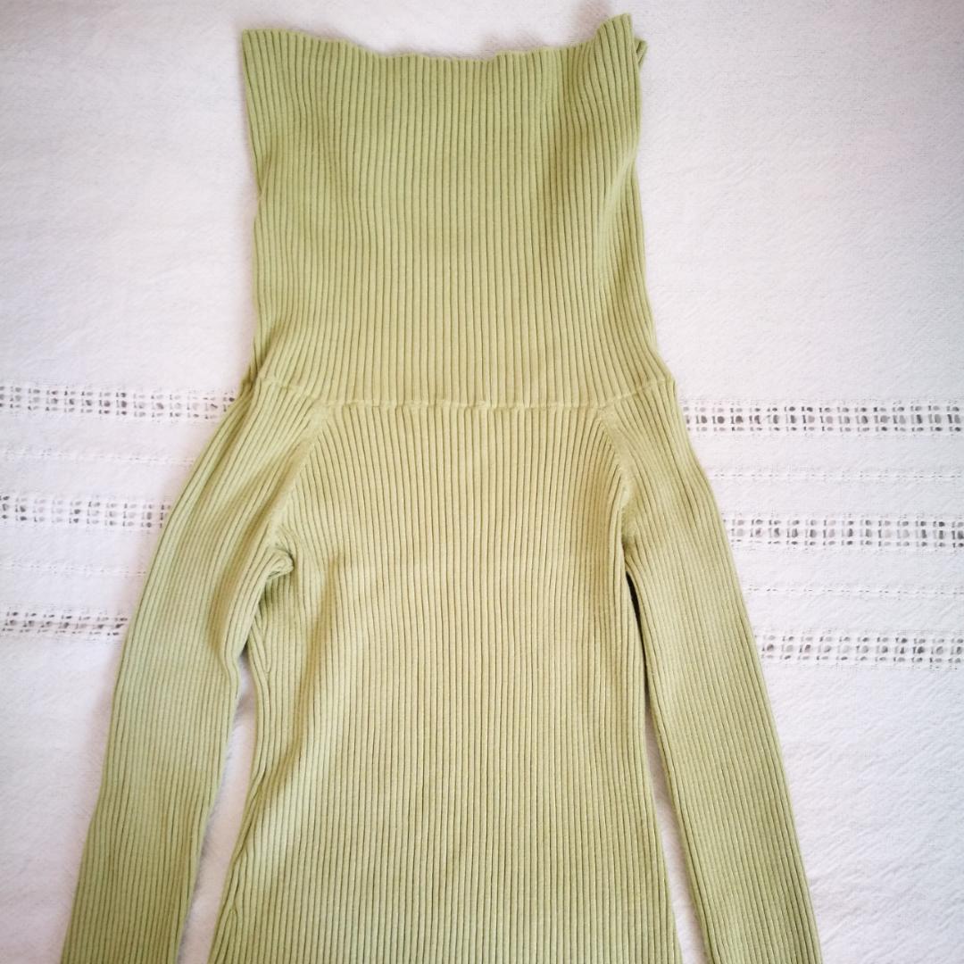Ljusgrön off-the-shoulder-tröja från Weekday (