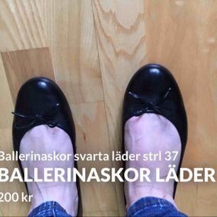 Ballerinaskor svarta läder strl 37