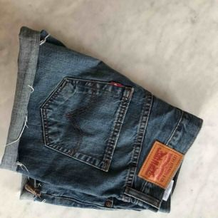 Levi's vintage denim shorts  Frakt eller upphämtning i Stockholm / Shipped or picked up in Stockholm