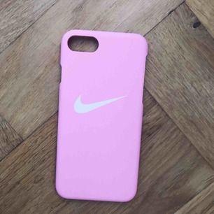 Passar iPhone 6/7. +frakt! 🌸