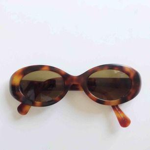 Solglasögon från lyxiga japanska märket Eyevan.