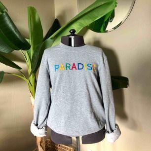 Superhärlig sweatshirt från bikbok! Köparen står för frakten :)