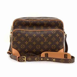 Äkta Louis Vuitton väska! Sliten men snygg, kan fraktas!