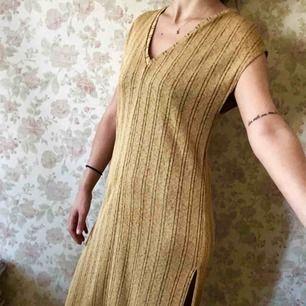 Klänning från Zara, oanvänd
