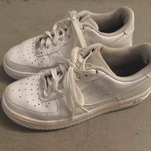Nike air force one i ok skick, slumpas bort pga fel storlek ☀️ frakt tillkommer