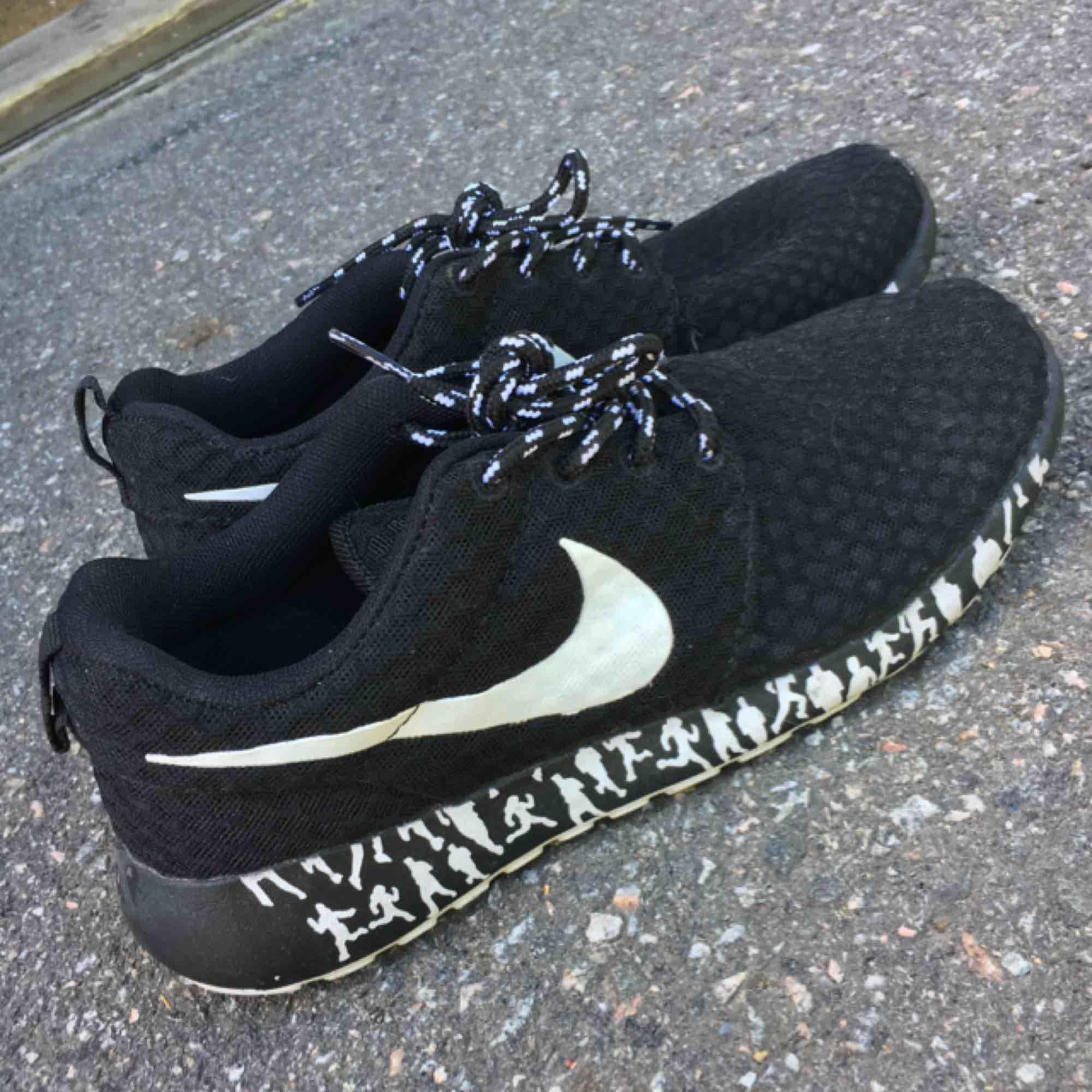 Nike sneakers 🌟 I princip oanvända.. Skor.