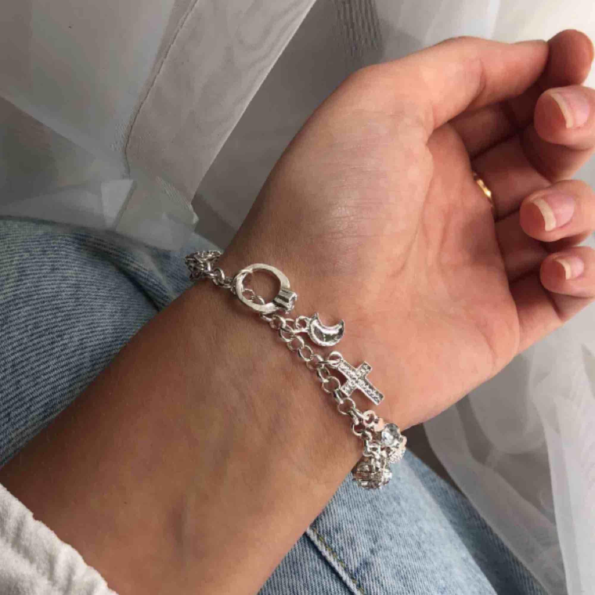 Armband i äkta silver och oanvänt, fri frakt!. Accessoarer.