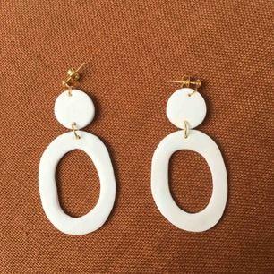 Handgjorda örhängen, 9 kr frakt 🦙