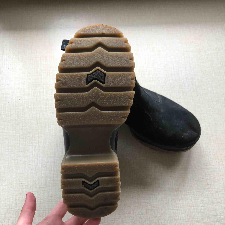 Oanvända Boots från Asos Pris kan diskuteras . Skor.