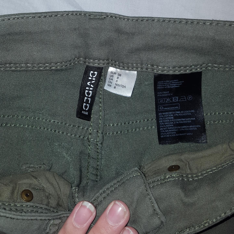 Lågmidjade jeans ifrån H&M. Frakten ingår!. Jeans & Byxor.